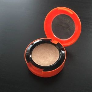 Mac Single Eyeshadow - Femme Fi